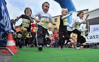 Kinder beim Stadtlauf